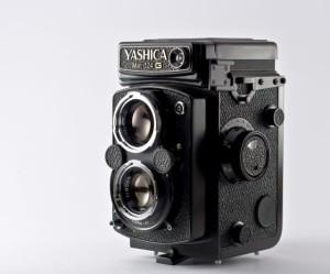 yashica124g-1